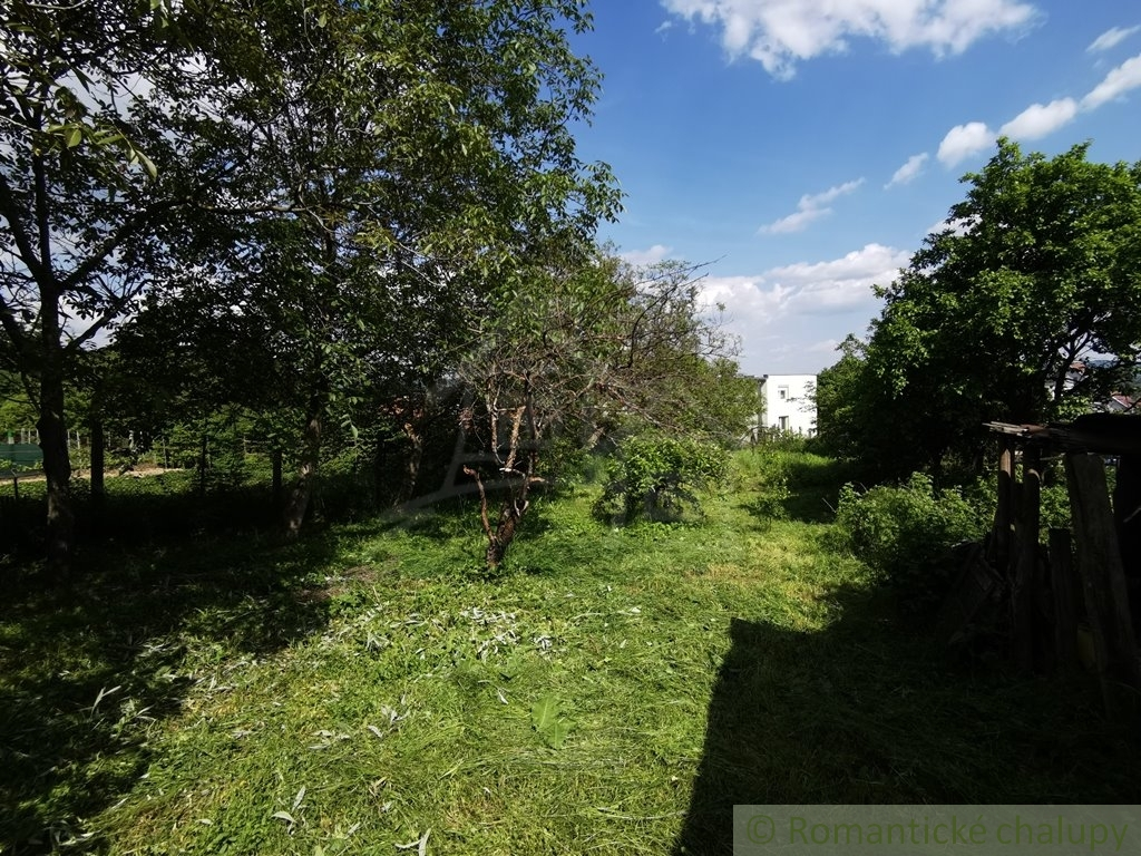 4. Rodinnu00fd dom v okrajovej u010dasti obce Pukanec