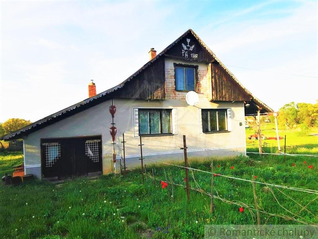 1. Rodinnu00fd dom chalupu00e1rskeho ru00e1zu na okraji obce - Lesenice