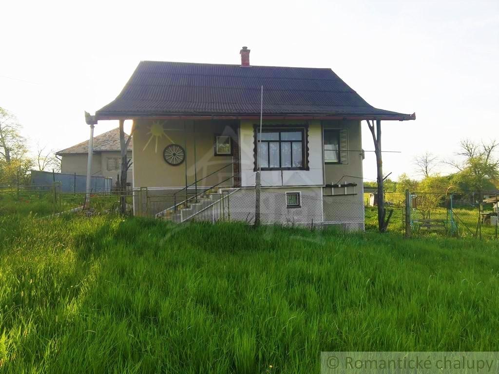 3. Rodinnu00fd dom chalupu00e1rskeho ru00e1zu na okraji obce - Lesenice