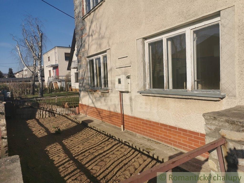 4. Rodinnu00fd dom v sluu0161nej obci so zapou010datou rekonu0161trukciou - Veu013eku00e1 u010calomija
