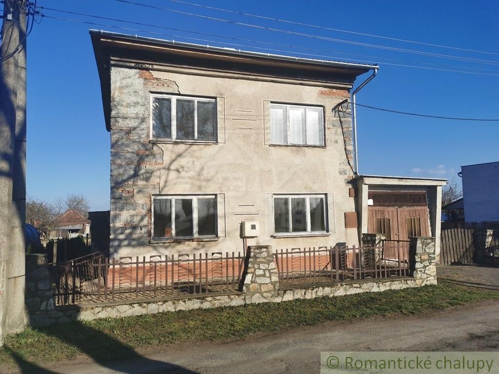 5. Rodinnu00fd dom v sluu0161nej obci so zapou010datou rekonu0161trukciou - Veu013eku00e1 u010calomija